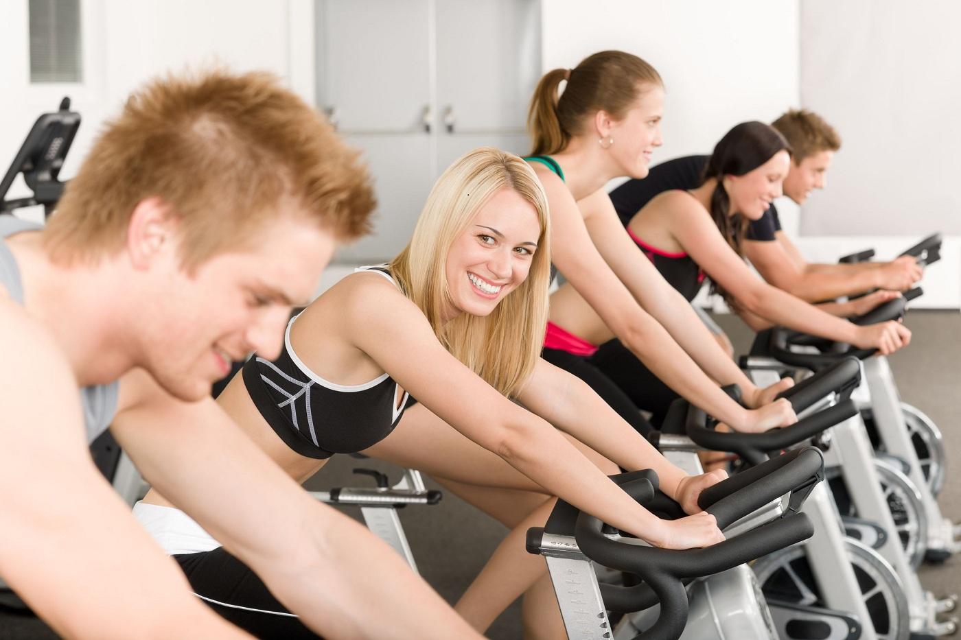 aprenda a perder até 900 calorias em apenas 45 minutos